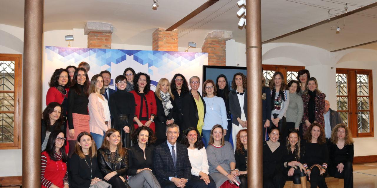 Fele reúne a empresarias y directivas leonesas para promover el acceso de la mujer a la primera línea de las organizaciones
