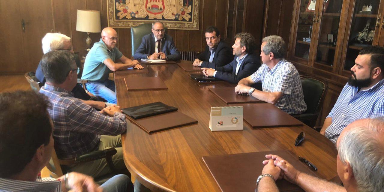 Fele Bierzo propone al alcalde de Ponferrada la creación de una comisión de simplificación administrativa